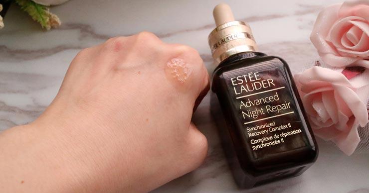 雅诗兰黛小棕瓶用6年了的感受,控油跟稳定肌肤的好帮手 | 芝士妞儿
