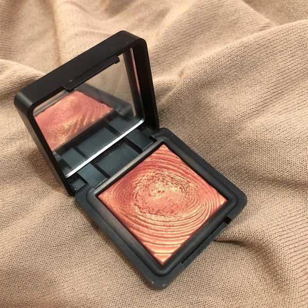 kiko水波纹眼影218号心得分享,被眼影耽误的美丽腮红
